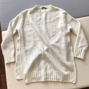 EUC Zara white Knit Sweater Open sides Sz M